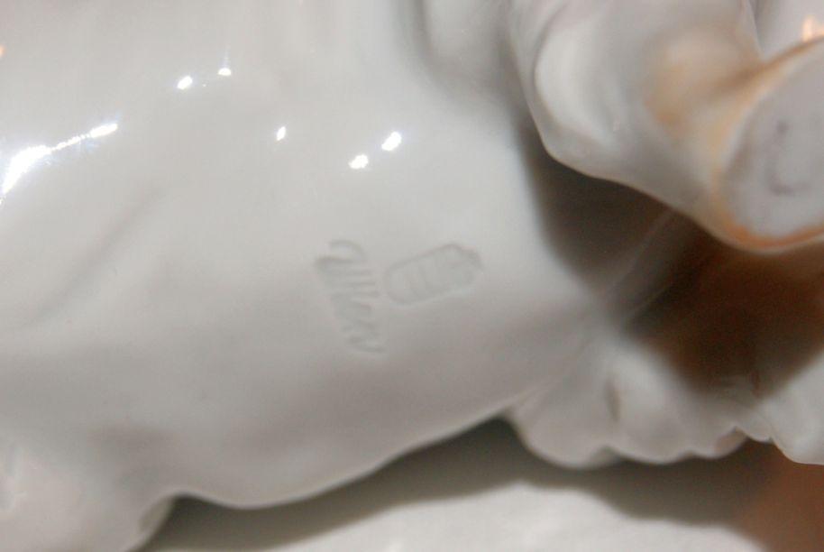 augarten wien porzellan figur polarhund spitz 1 wahl unbesch digt ebay. Black Bedroom Furniture Sets. Home Design Ideas